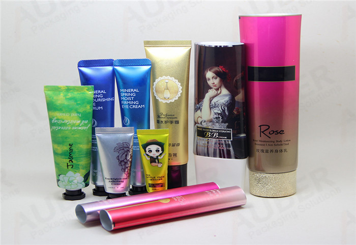 Polyfoil Skin Care Plastic Tubes in Different Sizes with Different Caps