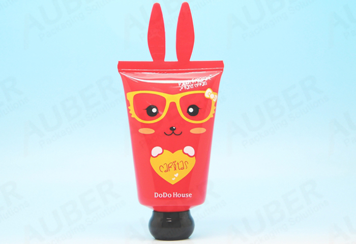 Auber Packaging Bunny shaped comsetic packaging