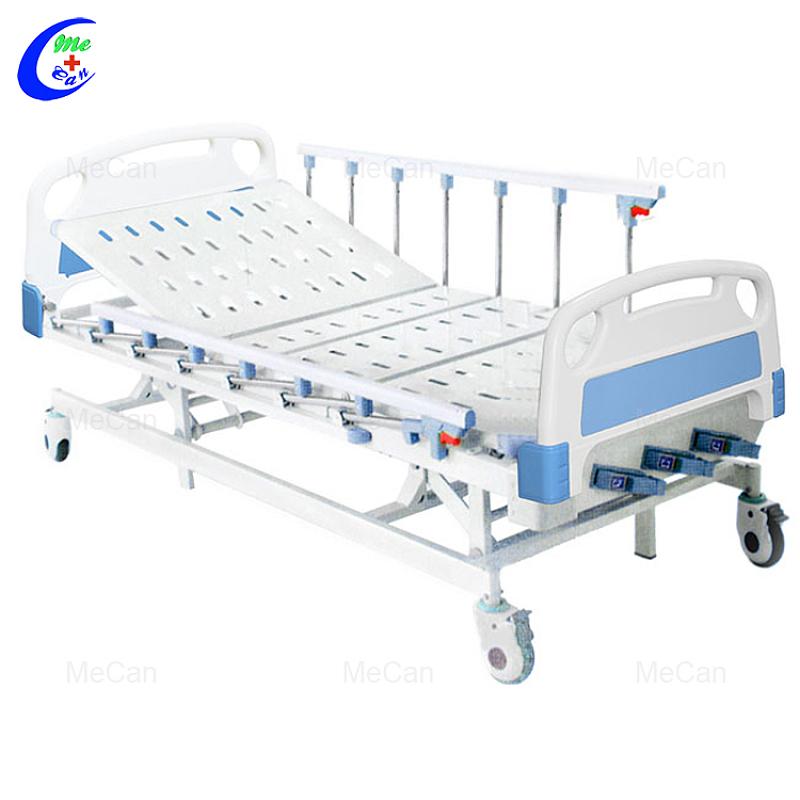 Hospitaalmeubels Opvoumetaal Drie krukas Handleiding Mediese Bed